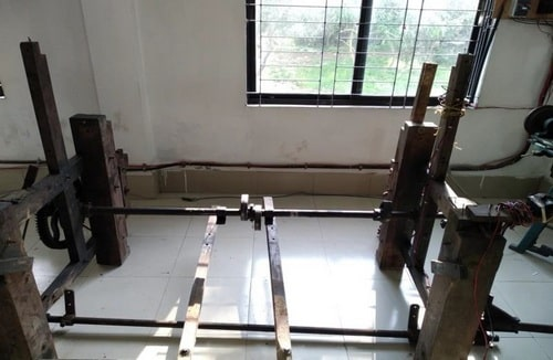 Wood stands of hand loom